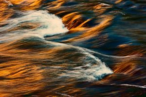The structure of waves in a river